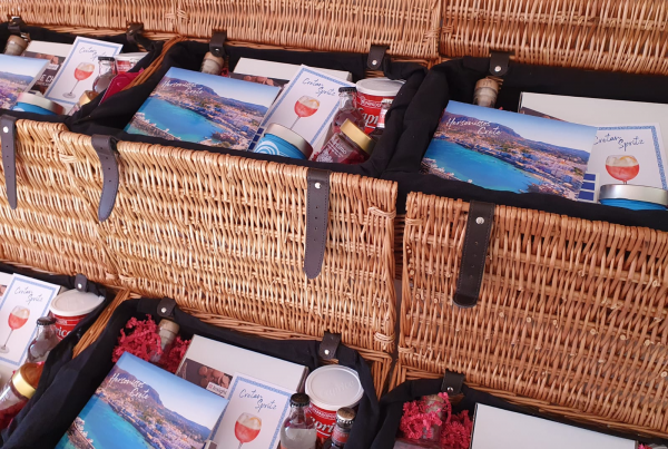 Make Events | Brand Management, Corporate and Virtual Events Company, Party Planners | Hampers